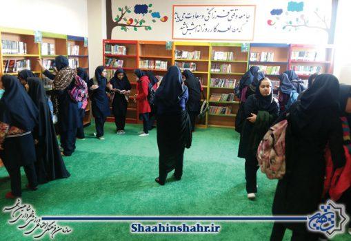 استقبال دوبرابری شهروندان از کتابخانه نگارستان در ۶ ماهه اول سال ۹۸