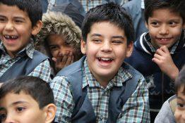 شادی کودکان محله مهر در جشن انقلاب